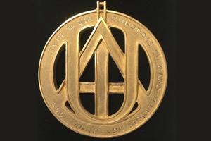 Abiertas las nominaciones para la medalla de oro y premios UIA 2020